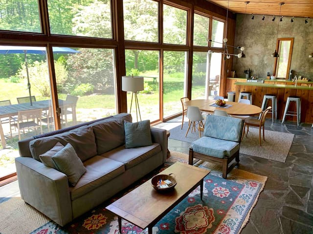 Stunning mid-century house on 2.5 private acres