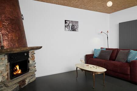 La Forge de Diogne: family, home office friendly