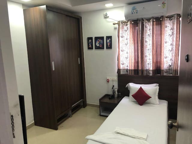 Private Room for 1 guest in Hinjawadi Phase 1