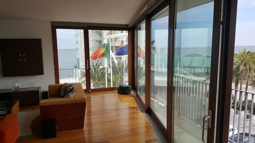 Amazing Tejo View - Parque das Nações - Lisboa - Lizbona - Apartament