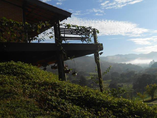 Um quarto dos sonhos na Serra da Mantiqueira - Joanópolis - Chalet
