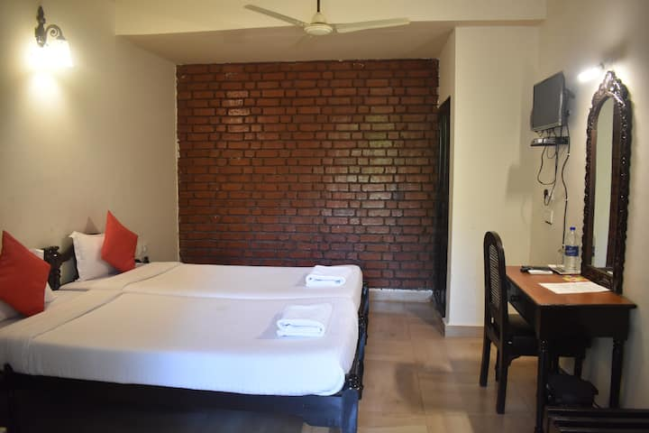 1Rm at Cozy Guesthouse near the beach & Airport 1