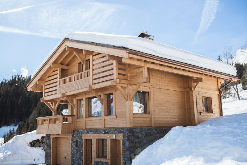 Traditionally-built Alpamayo Chalet