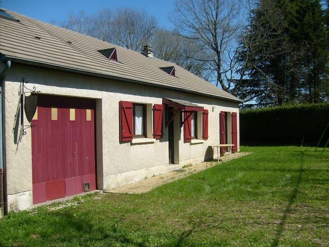 Une Maisonnette en Corrèze - Chanteix - Casa