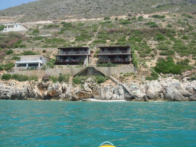 Two Floor, Seaside Stone Villa - Qeparo