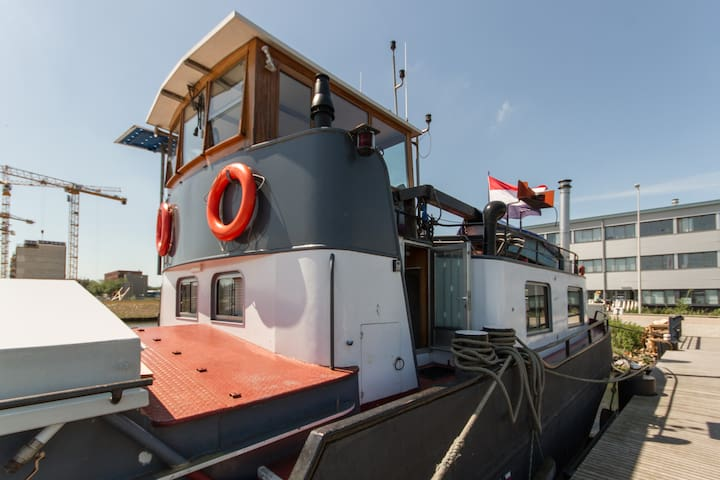 Modern private retreat on houseboat, free bikes! - Amsterdam - Bateau