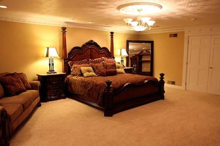 The Grand Estate-Lynora Karen - Freeport - Bed & Breakfast