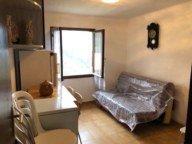 F2 maison de village dans la Castagniccia