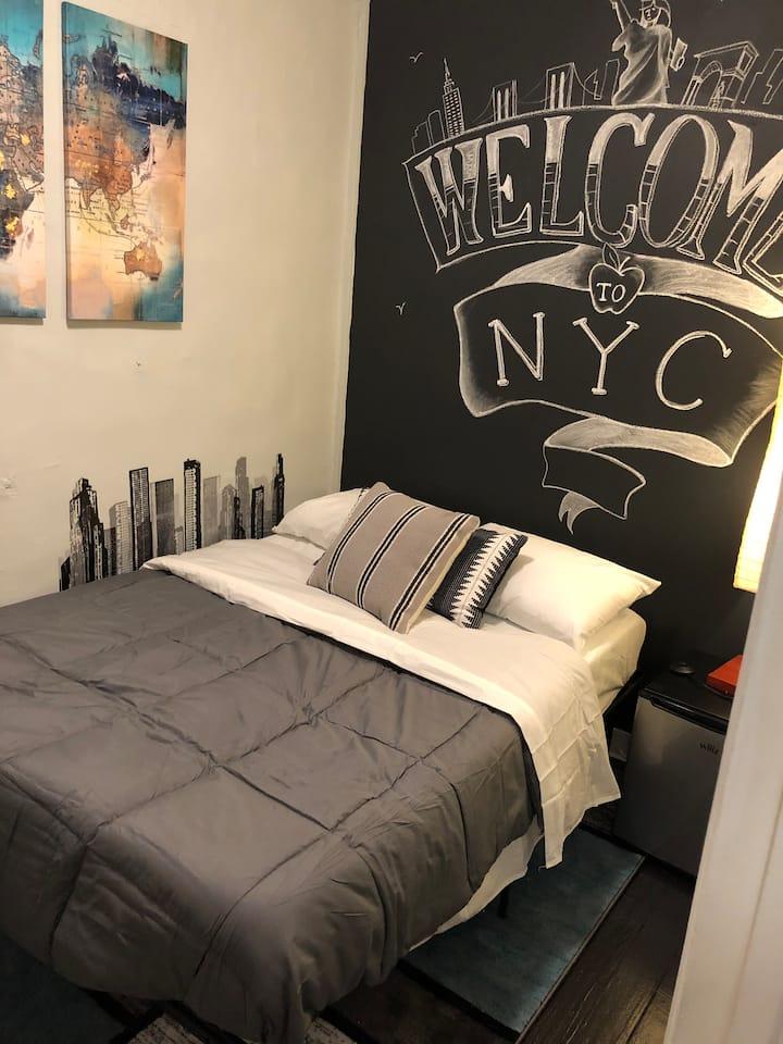 Small Private Room Near Times Square /Central Park
