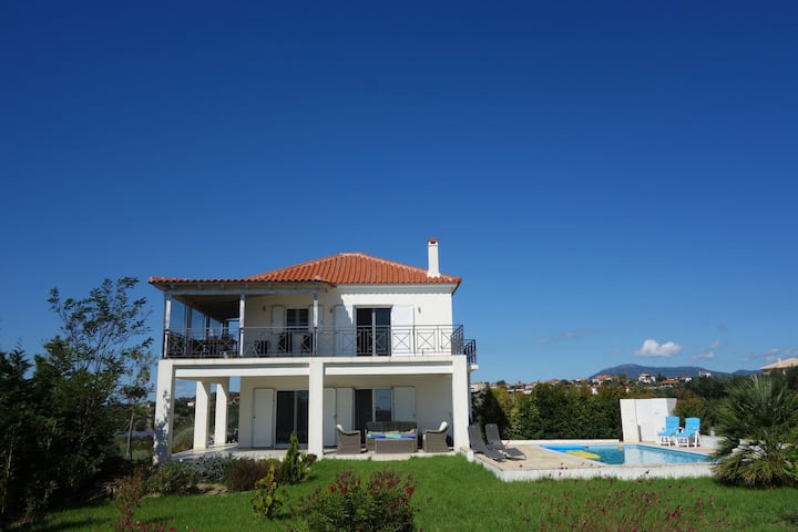 Elegant Villa in Evangelismos with Pool, Garden near Seabeach