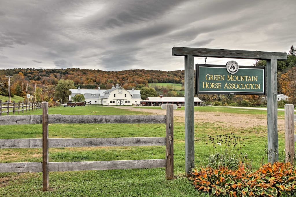 The cottage is near the coveted Green Mountain Horse Association and Woodstock.