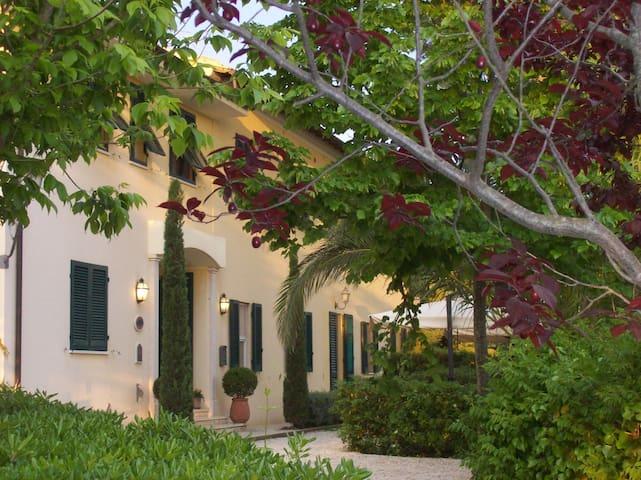 Villa Terme di Caldana B&B Charme - Venturina Terme - Bed & Breakfast