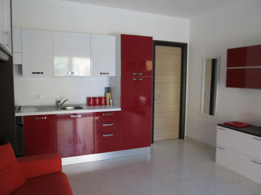 Modern studio with large equipped kitchen