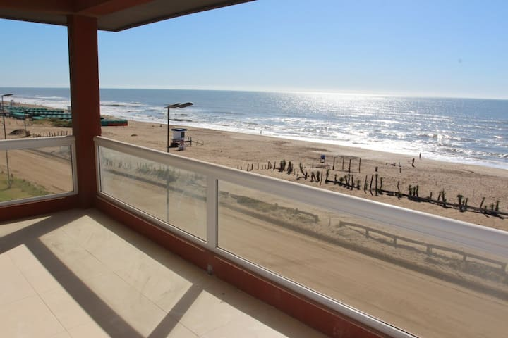 DEPARTAMENTOS CON AMENITIES FRENTE AL MAR - Pinamar - Apartament