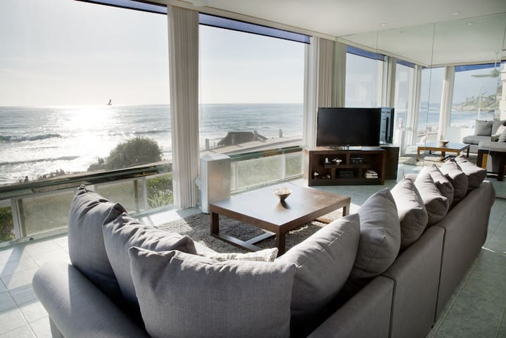Stunning Windansea Ocean Front (A)! - La Jolla - Condominio