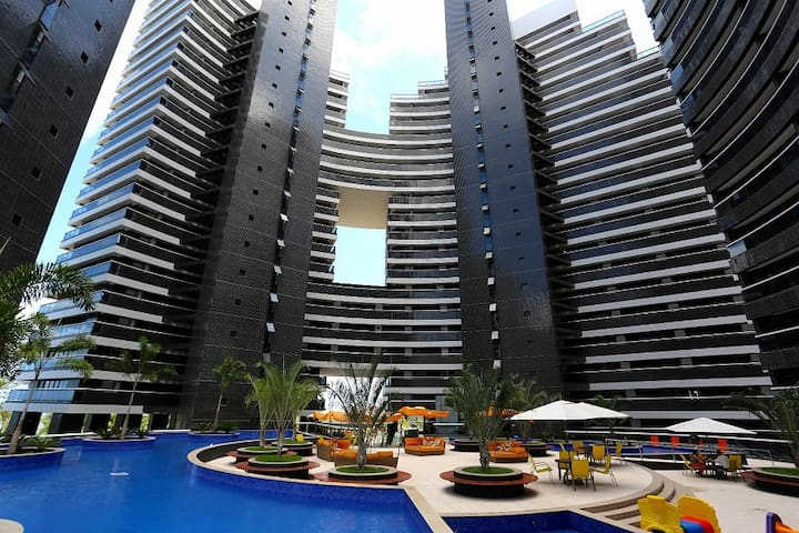 Luxury 1BR Apt 302 at Beira Mar - Fortaleza