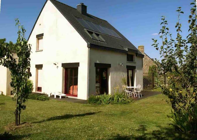 Maison proche Broceliande-Paimpont - Treffendel - Talo