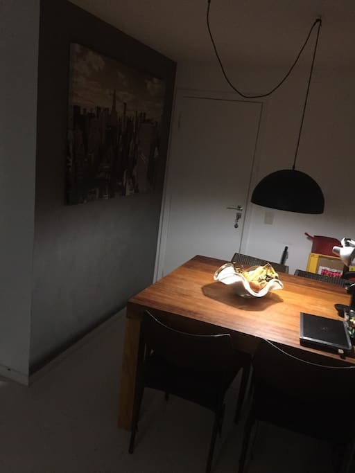 Dining table - Mesa de jantar