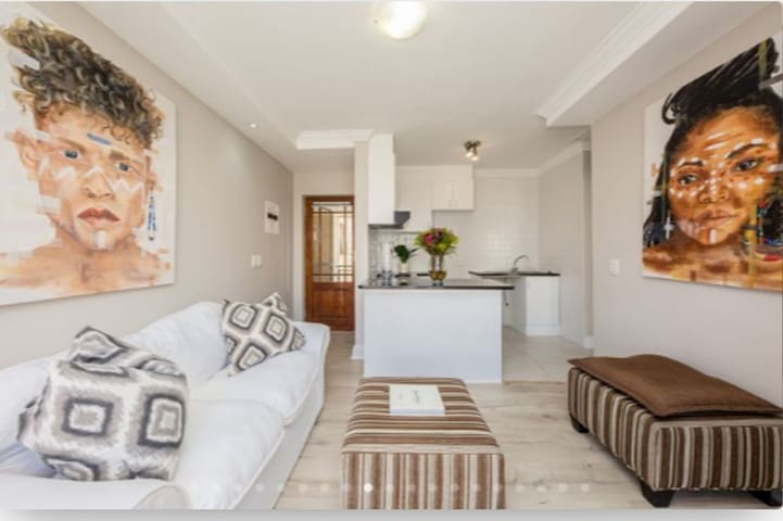 Beautiful Apartment near Blouberg Beach