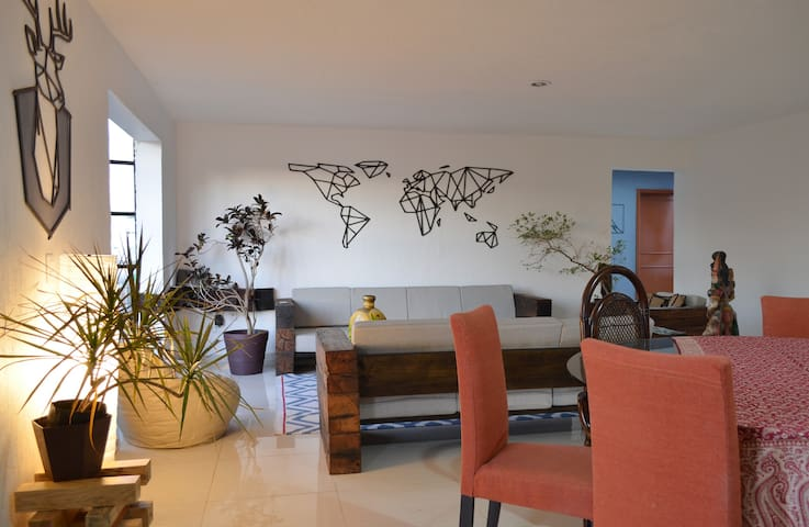New cozy suite close to EXPO & Plaza del Sol - Zapopan - Appartement