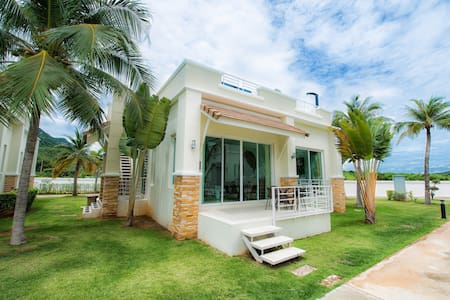 #1 Mountain View villa only 25 meter from the pool - Sam Roi Yot