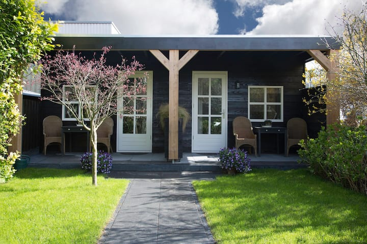 BnB Hoofddorp Studio met rust en ruimte