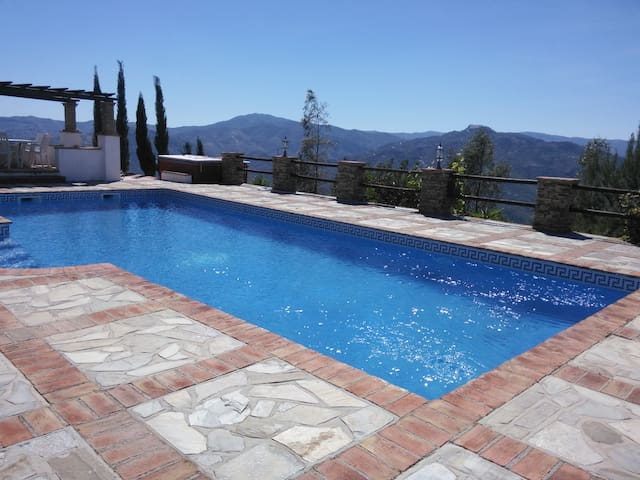 Large Country Villa with panoramic views and pool - Viñuela - Casa