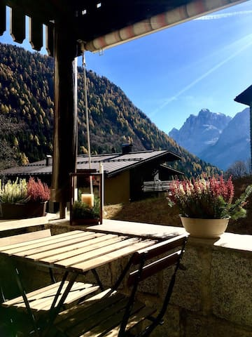 Panoramic and cozy flat in Madonna di Campiglio