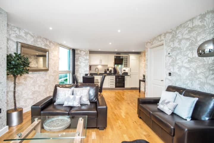 CityXscape One Bed Luxury Serviced Apartment