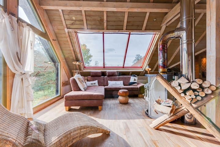 Private loft with jacuzzi and sauna in Niderviller in Alsace.