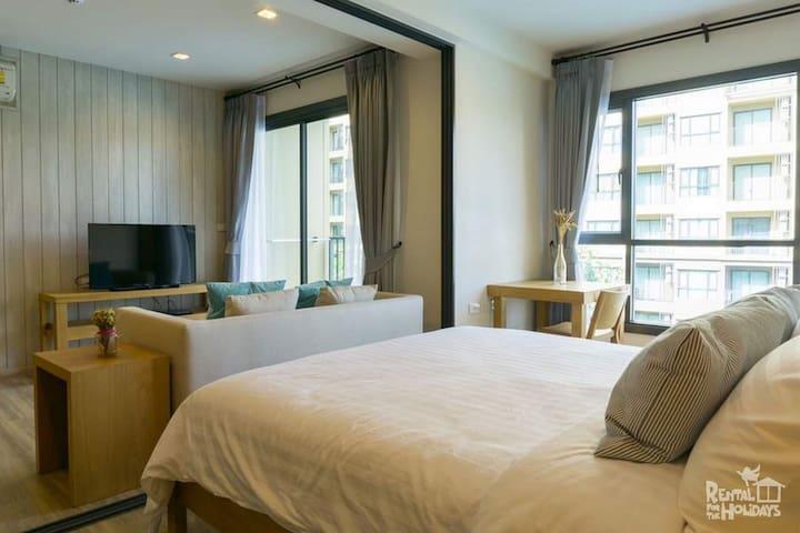 1 bedroom suite pool view