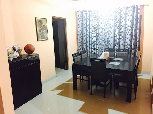 Trendy 2bdrm Accra City Listing - Accra - House