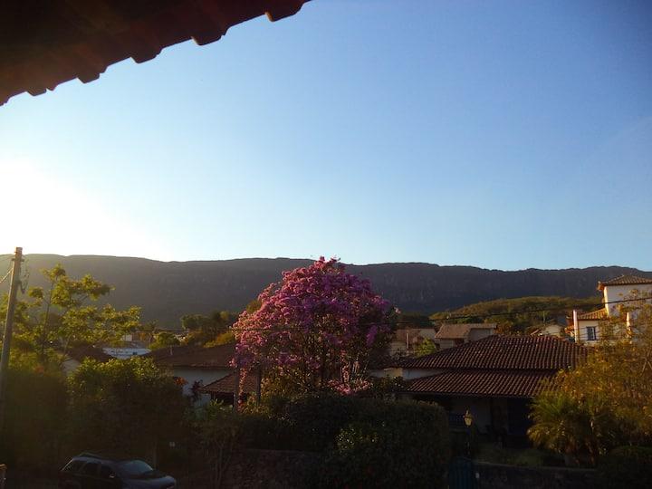 Casa confortável com linda vista para Montanha.