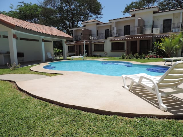 Jade Beach, close to the Beach, 26 - Playas del Coco - Leilighet
