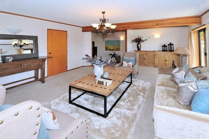 Amazing Sea-view Holiday Villa - Auckland - Casa