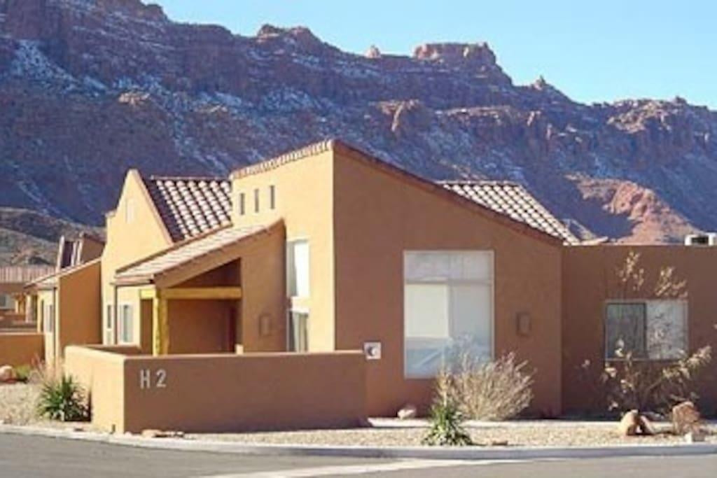 Your moab adventure begins here maisons de ville for Moab salle de bain
