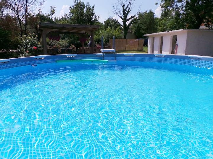 Apt for 6 persons with pool in Kršan R53892