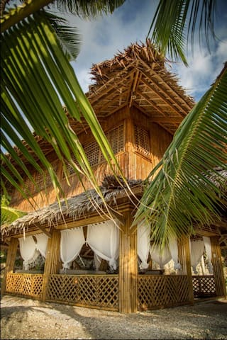 Maison Ulysse, Bamboo with Sea View