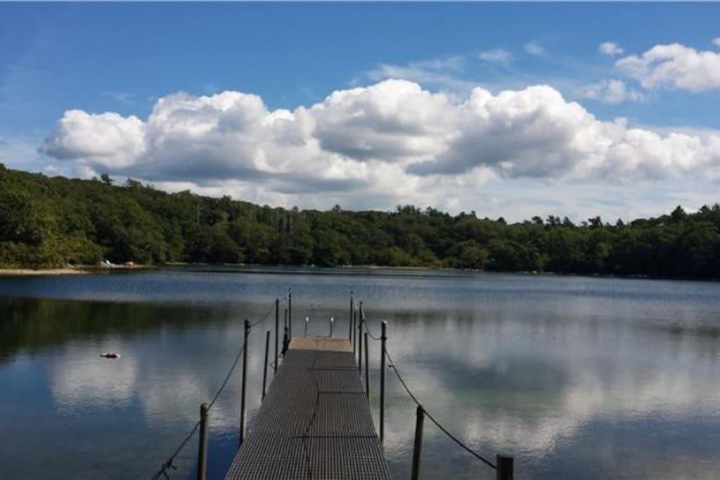10 minutes' walk to Manaquayak preserve swimming pond
