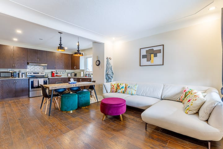 5BR ☆ Home Minutes To Clifton Hill, Falls, Casino♡