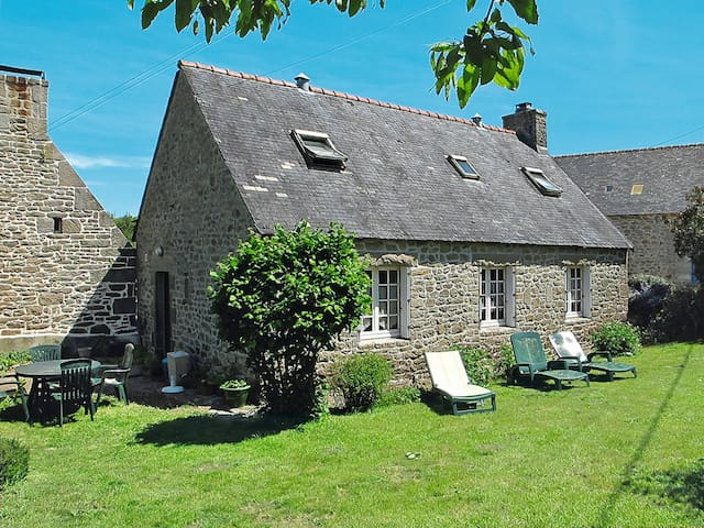 Holiday home in Pont l'Abbe