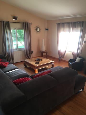 Grande villa proche de Beziers - Montady - Casa