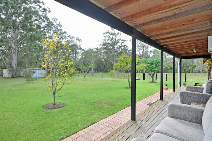 Lovedale Country Lodge, 5 bed