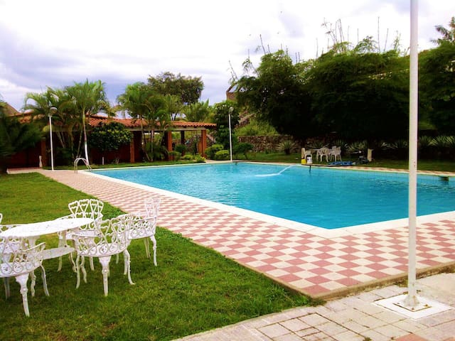 Hermosa casa campestre - Cartancito - Dom