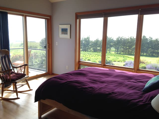 Lavender Farm Stay - Coupeville - Hus