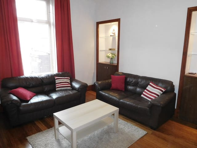 1 bed flat in West End of Aberdeen