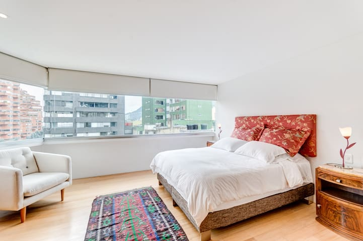 Top-Notch 2BR Apartment/Awesome View and Location