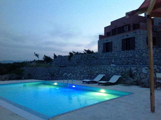 Rhodes Retreat - Artemi's Lodge - Kalithies - Apartamento