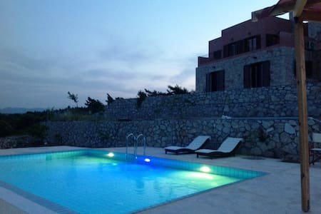 Rhodes Retreat - Artemi's Lodge - Kalithies - Huoneisto