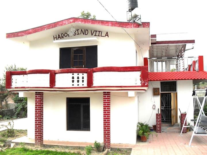 dharamshala best deal 2 room set